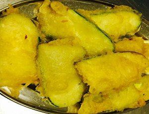 κολοκύθια τηγανητά- kolokitia tiganites (Zucchine fritte)